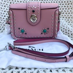 💕Coach Page Western Rivets 💕price firm💕